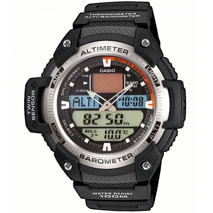 CASIO CA50 Λειτουργίες Υψομέτρου Λειτουργίες Βαρόμετρου Λειτουργίες Θερμομέτρου Ημερομηνία Χρονογράφος δευτερολέπτου 5 Ξυπνητήρια Αντοχή σε αντίξοες συνθήκες. Φωτισμός Led Παγκόσμια Ώρα Χρονόμετρο